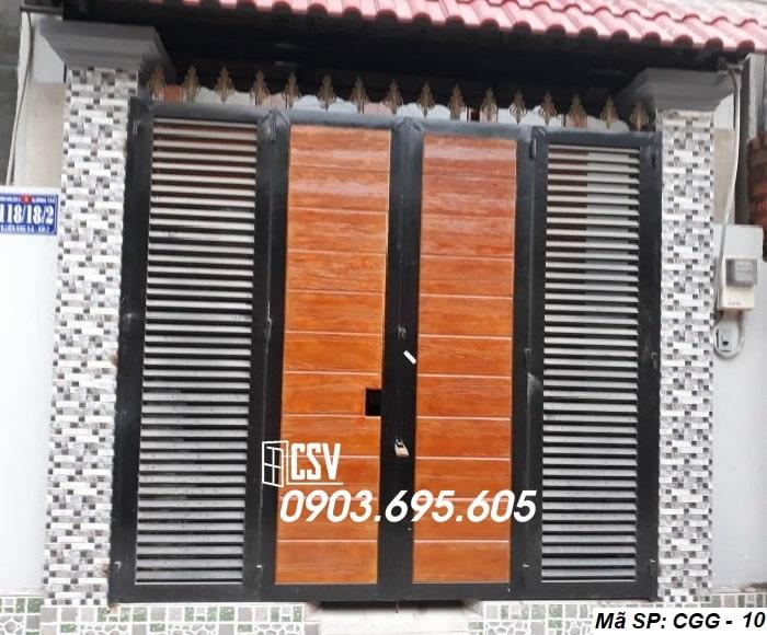 Mẫu cửa sắt giả gỗ CGG 10