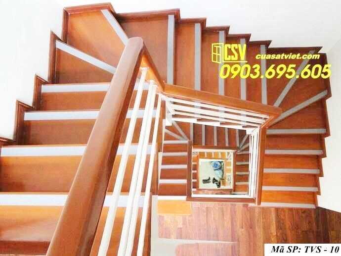 Mẫu tay vịn cầu thang gỗ đẹp TVS 10