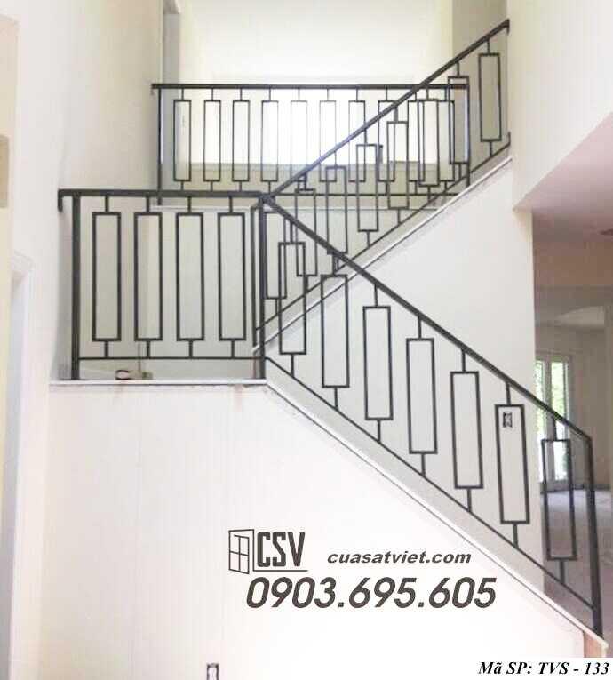 Mẫu tay vịn cầu thang đep TVS 133