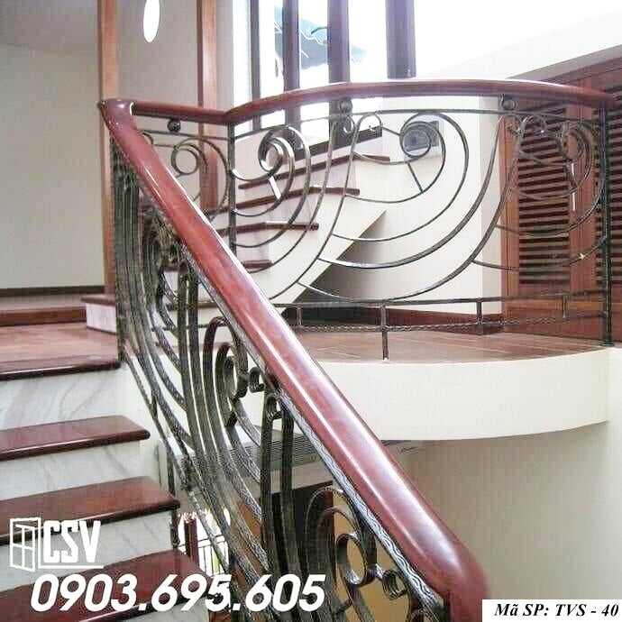 Mẫu tay vịn cầu thang gỗ đẹp TVS 40