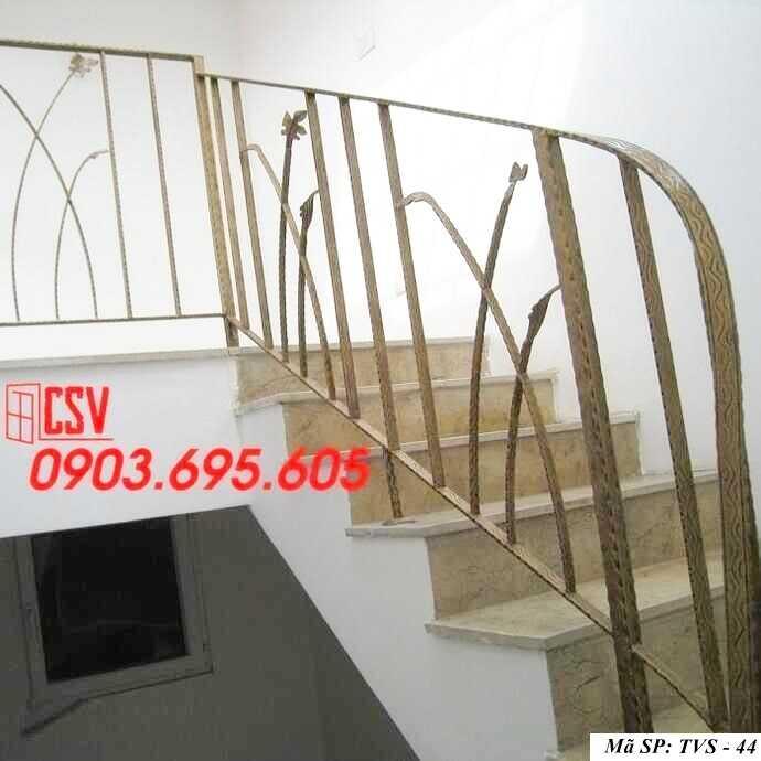 Mẫu tay vịn cầu thang đep TVS 44