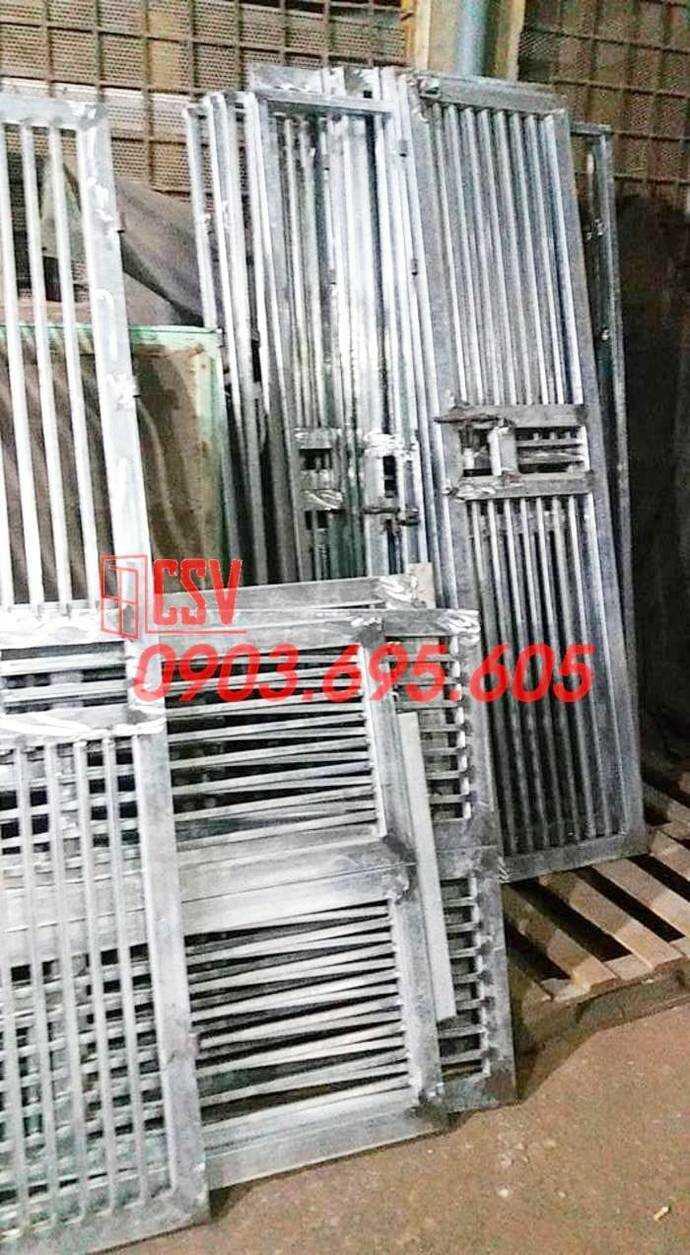 Mẫu cửa sắt chung cư - Cửa Sắt Việt