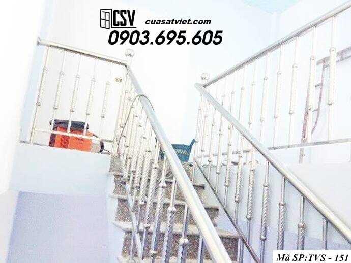 Mẫu cầu thang inox TVS 151