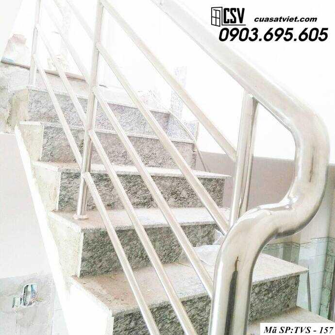 Mẫu cầu thang inox TVS 157