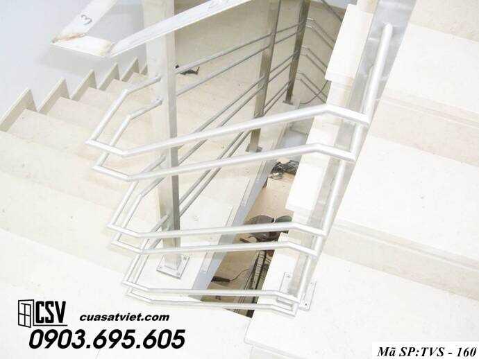 Mẫu cầu thang inox TVS 160