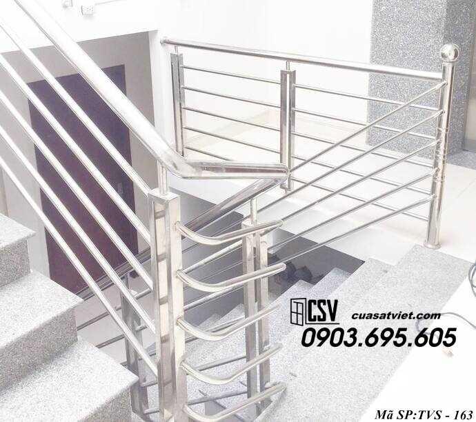 Mẫu cầu thang inox TVS 163