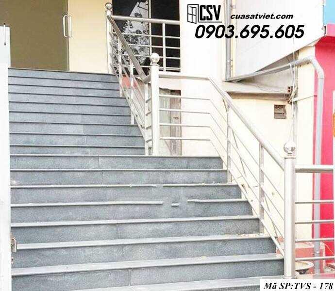Mẫu cầu thang inox TVS 178
